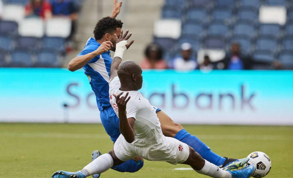 Emmanuel Riviere scores